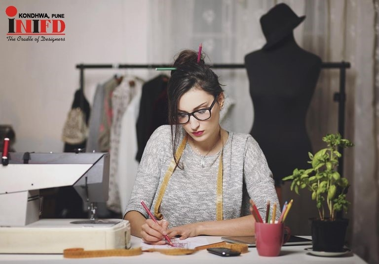 Top Most Skills Required To Become An Successful Fashion Designer